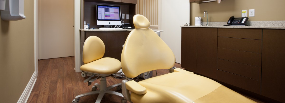 Your Child's Smile Exam Room Chair
